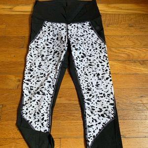 Cropped Athleta pants
